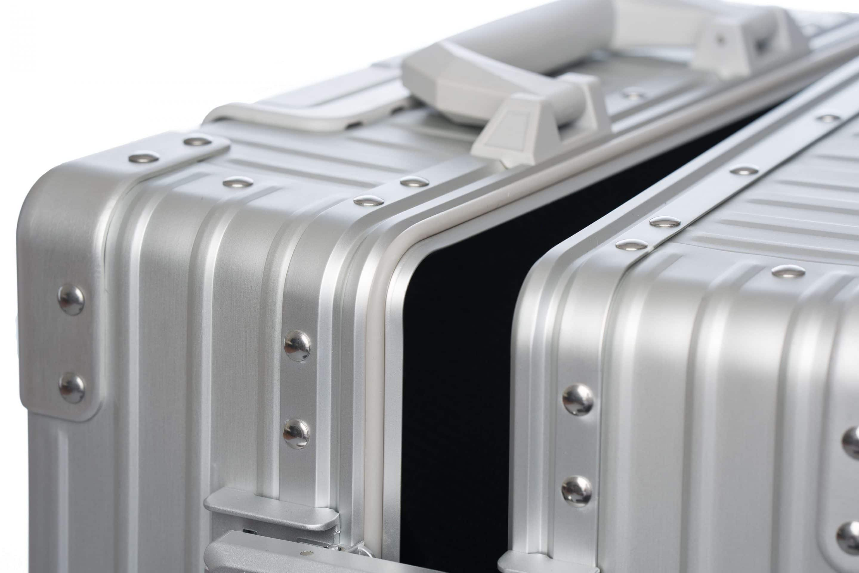 Spill proof business bag aluminum luggage